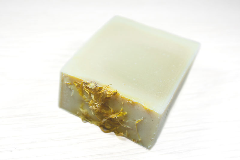 Jabón artesanal de caléndula