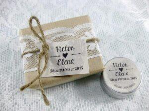 Jabón y bálsamo labial detalle de boda de Victor y Elena