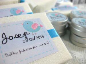 jabón artesanal y bálsamo labial detalle de comunión