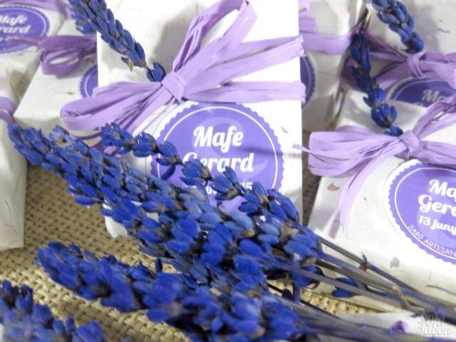 Jabones artesanales detalle de boda de Mafe y Gerard