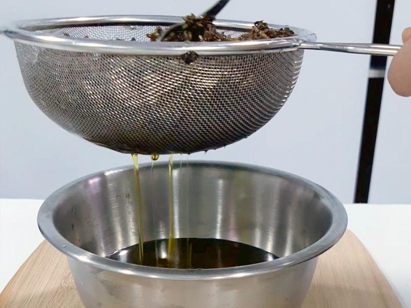 Cómo preparar un oleato de lavanda. Paso 1
